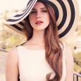 Elizabeth Woolridge Grant conocida artísticamente como Lana del Rey nació en Nueva York el 21 de junio de 1986 y es una compositora cantante y modelo estadounidense. Su nombre artístico […]