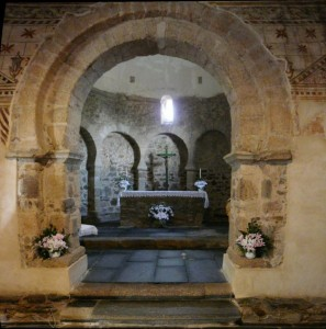 altar de la iglesia parroquial de St. Tomas de las ollas