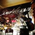 En el bar La Destilería, un clásico que ha ayudado a revitalizar la zona de vinos de la parte alta de Ponferrada, los tres crápulas del 'Rat Pack' (Sinatra, Dean […]